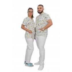 Costum medical Smile, cu bluza cu imprimeu si pantaloni albi cu elastic