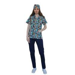 Costum medical Fish, cu bluza cu imprimeu  si pantaloni  bleomarin cu elastic