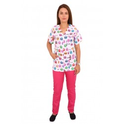 Costum medical Kitty, bluza cu imprimeu si pantaloni ciclam cu elastic