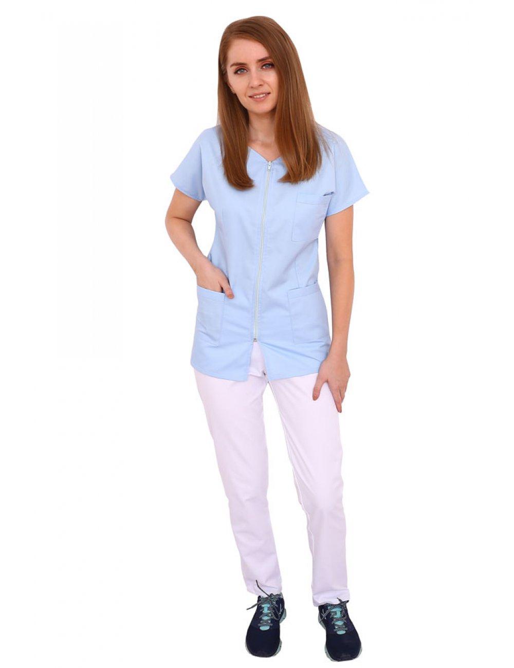 Costum medical bleo cu alb, bluza cu fermoar , trei buzunare si pantaloni cu elastic.